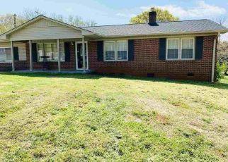 Casa en ejecución hipotecaria in Greenville, SC, 29605,  FOLKSTONE ST ID: P1796799