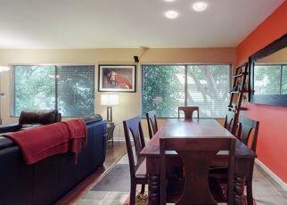 Casa en ejecución hipotecaria in West Hollywood, CA, 90069,  N KINGS RD ID: P1798974