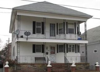 Foreclosed Homes in New Bedford, MA, 02745, ID: P1805276
