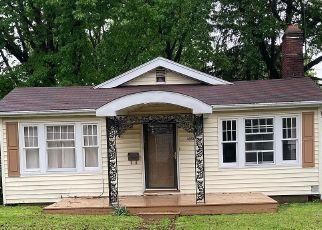 Casa en ejecución hipotecaria in Decatur, IL, 62522,  W RIVERVIEW AVE ID: P1805338