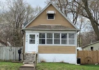 Foreclosure Home in Clinton, IA, 52732,  8TH AVE S ID: P1808357