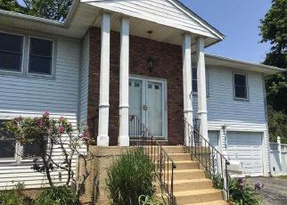 Foreclosure Home in Hempstead, NY, 11550,  RYAN CT ID: P1809069