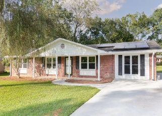 Casa en ejecución hipotecaria in Summerville, SC, 29485,  WARING RD ID: P1812145