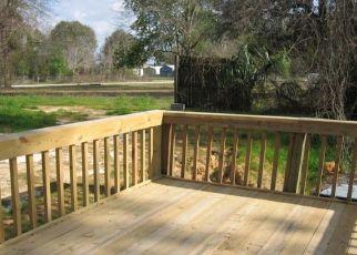 Casa en ejecución hipotecaria in Florahome, FL, 32140,  MARTIN ST ID: P1812308