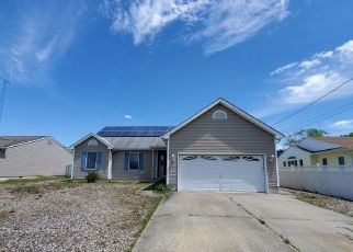 Foreclosure Home in Manahawkin, NJ, 08050,  ALBATROSS AVE ID: P1812825