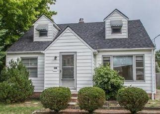 Casa en ejecución hipotecaria in Euclid, OH, 44123,  E 240TH ST ID: P1817046