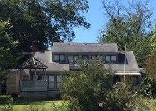 Casa en ejecución hipotecaria in Mathews Condado, VA ID: P1821415