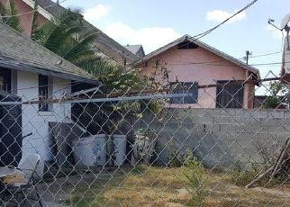 Casa en ejecución hipotecaria in Los Angeles, CA, 90037,  W 53RD ST ID: P1823423