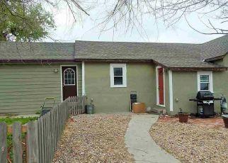 Casa en ejecución hipotecaria in Douglas, WY, 82633,  S 4TH ST ID: P1823548
