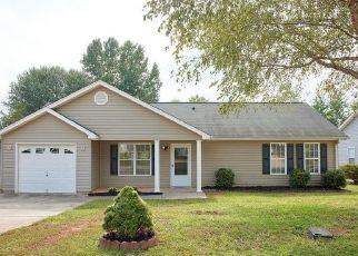 Casa en ejecución hipotecaria in Taylors, SC, 29687,  BOBBER CT ID: P1823951