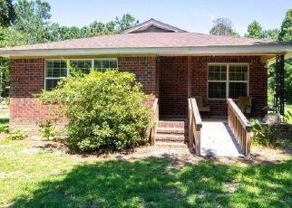 Casa en ejecución hipotecaria in Saint Stephen, SC, 29479,  MANDELLA RD ID: P1824092