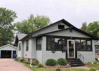 Foreclosed Homes in Clinton, IA, 52732, ID: P1824260