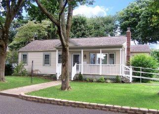 Casa en ejecución hipotecaria in Ronkonkoma, NY, 11779,  WITTRIDGE RD ID: P1826522