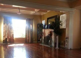 Casa en ejecución hipotecaria in Los Angeles, CA, 90037,  W 47TH ST ID: P1827342