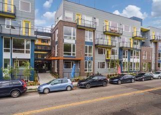 Casa en ejecución hipotecaria in Seattle, WA, 98102,  12TH AVE E ID: P1830191
