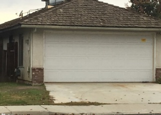 Foreclosed Home en PARK VIEW DR, Bakersfield, CA - 93311