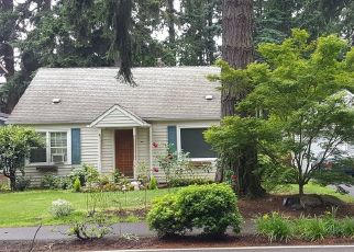 Foreclosure Home in Lake Oswego, OR, 97035,  LAKEVIEW BLVD ID: P381887