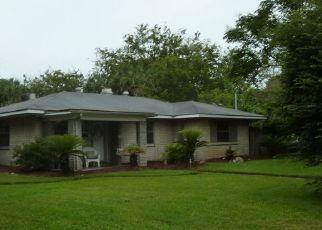 Casa en ejecución hipotecaria in Jacksonville Beach, FL, 32250,  8TH ST N ID: P45289
