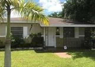 Foreclosed Home en NE 157TH ST, Miami, FL - 33162