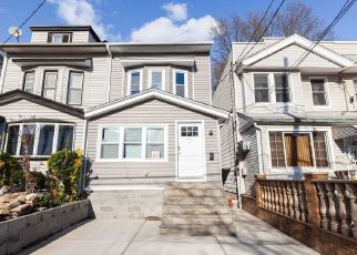 Foreclosed Home en 91ST ST, Woodhaven, NY - 11421