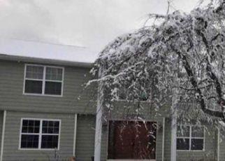 Casa en ejecución hipotecaria in Lake Grove, NY, 11755,  PATRICIA LN ID: P762392