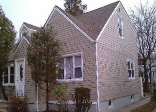 Foreclosed Home in FENIMORE AVE, Uniondale, NY - 11553