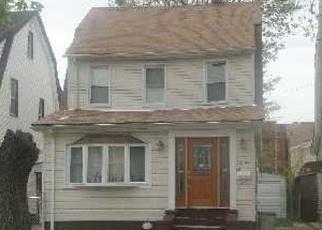 Casa en ejecución hipotecaria in Saint Albans, NY, 11412,  201ST ST ID: P764162