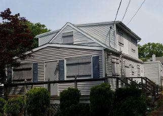 Casa en ejecución hipotecaria in Ronkonkoma, NY, 11779,  FIR GROVE RD ID: P824999