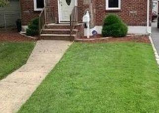 Foreclosed Home en HAMILTON RD, Hempstead, NY - 11550