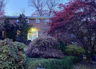 Casa en ejecución hipotecaria in Pelham, NY, 10803,  SHOREVIEW CIR ID: P873685