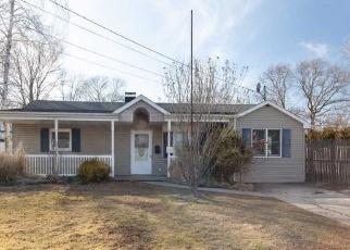 Casa en ejecución hipotecaria in Bay Shore, NY, 11706,  FIRE ISLAND AVE ID: P884175