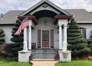 Casa en ejecución hipotecaria in Farmingdale, NY, 11735,  OAKVIEW AVE ID: P897900