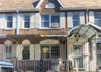 Casa en ejecución hipotecaria in Bronx, NY, 10472,  WHITE PLAINS RD ID: P900606