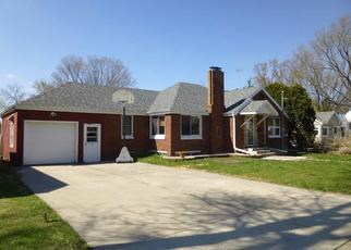 Foreclosed Home en FOND DU LAC ST, Waupun, WI - 53963