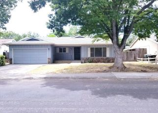 Foreclosed Home en PEMBROKE DR, Modesto, CA - 95350