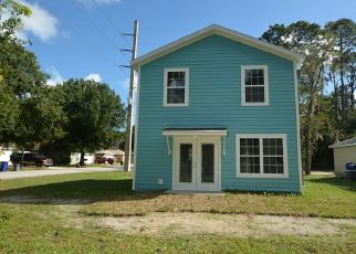 Foreclosed Home en N WHITNEY ST, Saint Augustine, FL - 32084