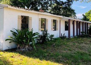 Foreclosed Home en NW SUNSET DR, Stuart, FL - 34994