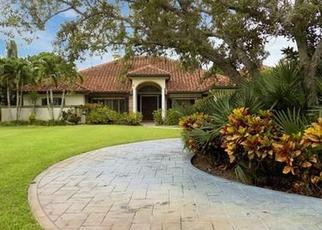 Foreclosed Home en SW BIMINI CIR S, Palm City, FL - 34990