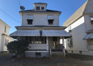 Foreclosed Home in OAK ST, Wilkes Barre, PA - 18702