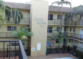 Foreclosed Home en NE 10TH ST, Hallandale, FL - 33009