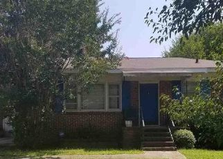Foreclosed Home en KNOX ST, Greenville, SC - 29605