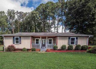 Foreclosed Home en CAMDEN DR, Piedmont, SC - 29673
