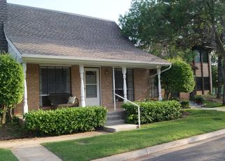 Foreclosure Home in Edmond, OK, 73013,  COLONIAL LN ID: P942798