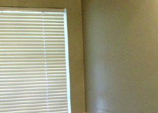 Foreclosed Home en W WELLINGTON DR, Deltona, FL - 32725