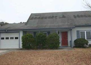 Foreclosed Home en FAIRRIDGE CIR SW, Marietta, GA - 30008