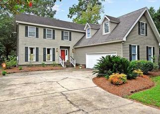 Foreclosed Home en OAK MARSH DR, Mount Pleasant, SC - 29464
