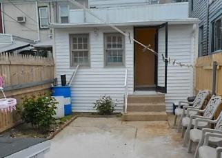 Casa en ejecución hipotecaria in Reading, PA, 19604,  MOSS ST ID: P947666