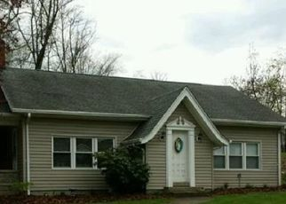 Foreclosed Home en EAST PIKE, Zanesville, OH - 43701