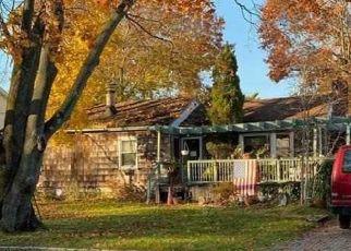 Casa en ejecución hipotecaria in West Babylon, NY, 11704,  LAKEWAY DR ID: P952475