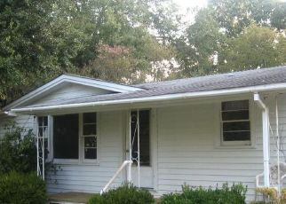 Foreclosed Home in HALSELL DR, West Monroe, LA - 71291